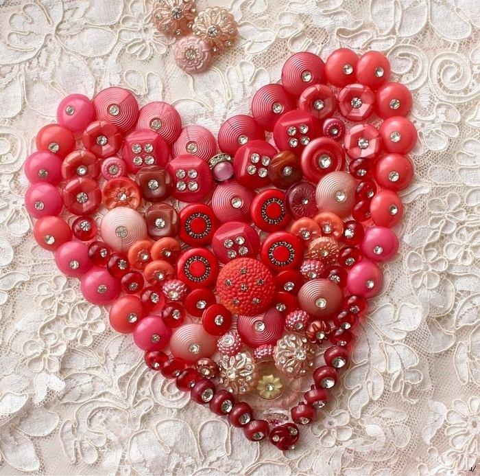 Валентинки из пуговиц (10)
