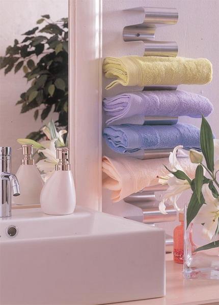 Самые лучшие идеи хранения вещей в ванной комнате (10)