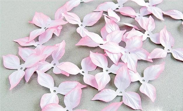 Красивые цветы из бумаги. Мастер-класс (13)