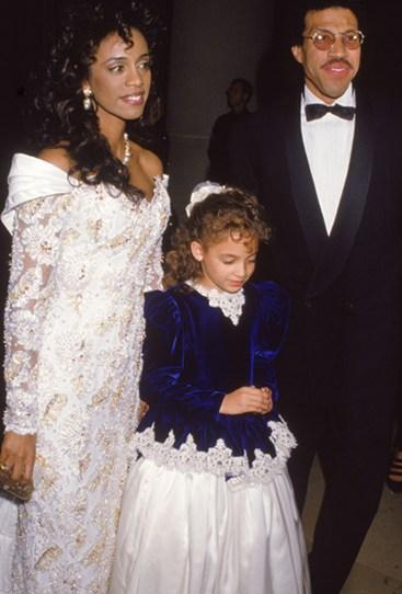 Николь Ричи со своим отцом Лайонел Ричи и жена Бренда