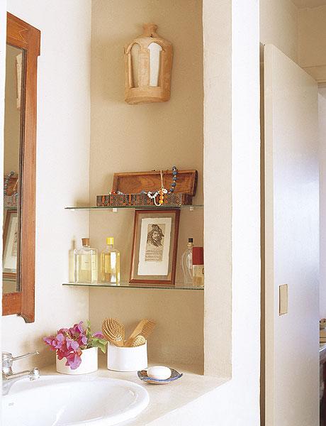 Самые лучшие идеи хранения вещей в ванной комнате (9)