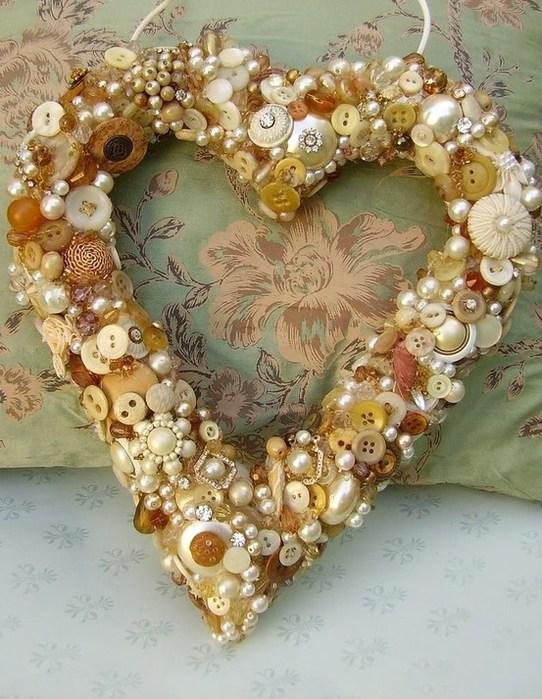 Валентинки из пуговиц (1)