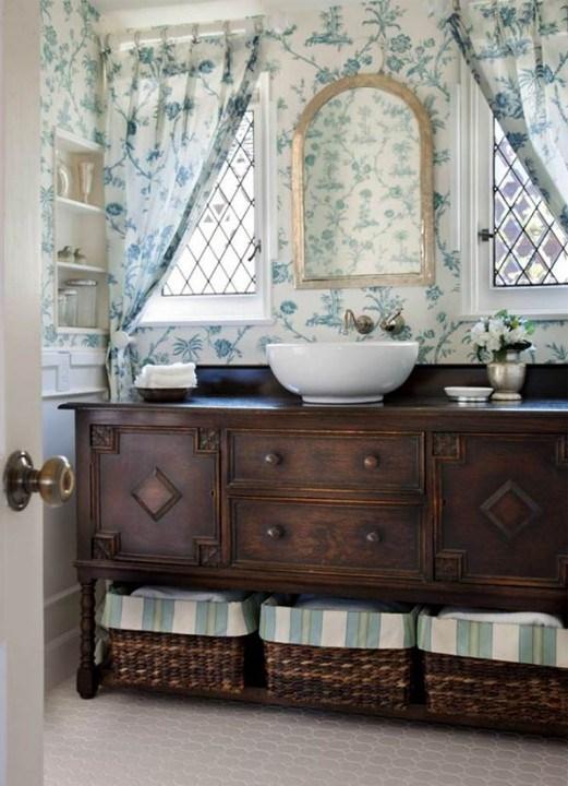 Самые лучшие идеи хранения вещей в ванной комнате (1)
