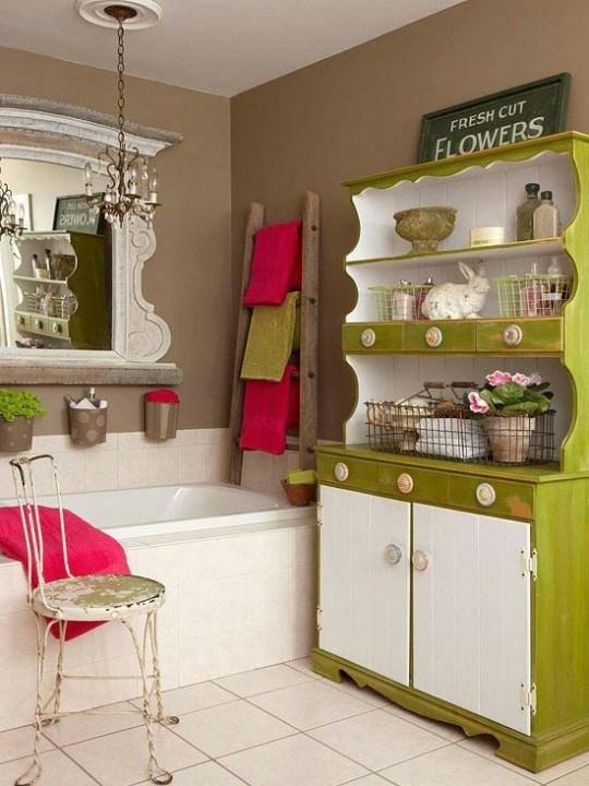 Самые лучшие идеи хранения вещей в ванной комнате (18)