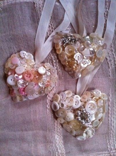 Валентинки из пуговиц (4)