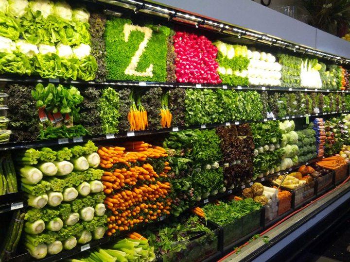 Красивые раскладки овощей и фруктов в магазинах (8)