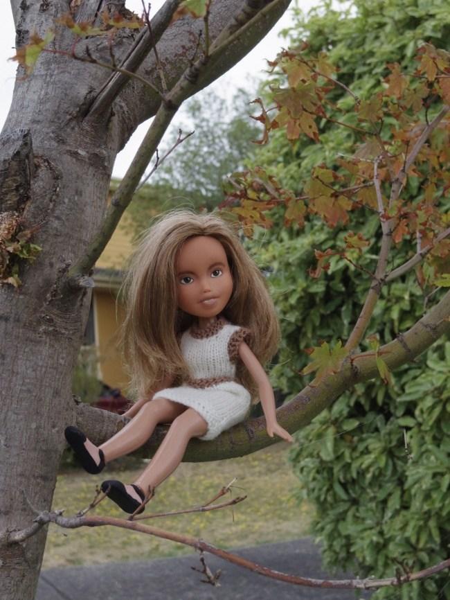 Если смыть макияж с куклы (10)
