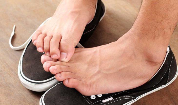 Как избавить обувь от неприятного запаха (4)