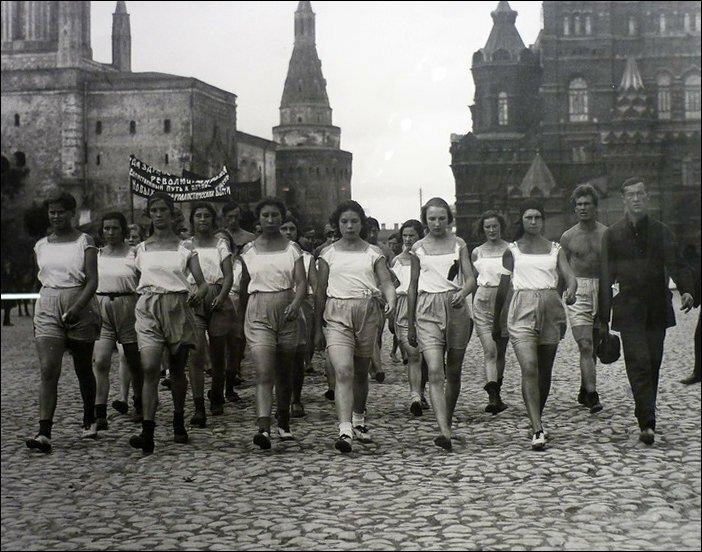Девушки советской эпохи (14)