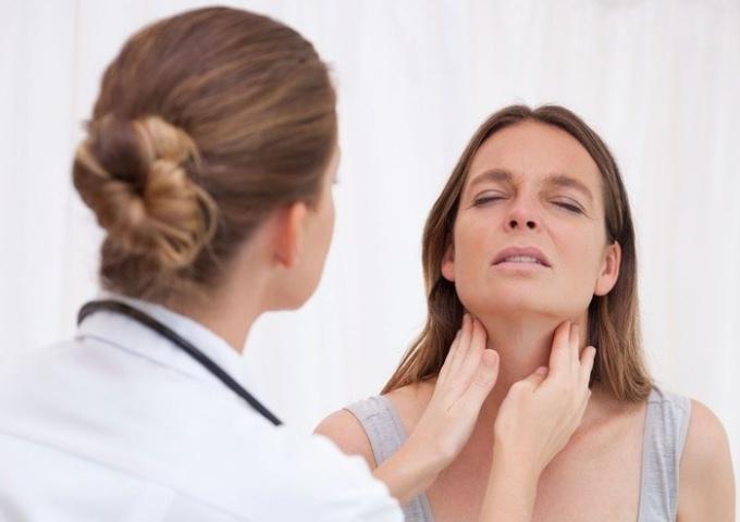 9 признаков того, что у вас заболевание щитовидной железы (2)