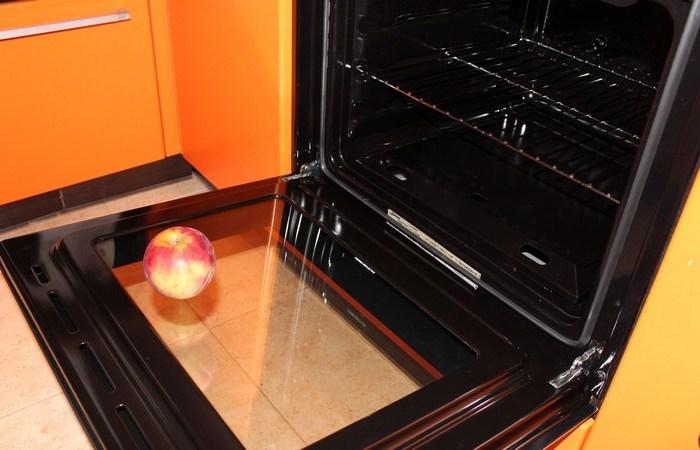 Как очистить духовку от загрязнений и застывшего жира (1)