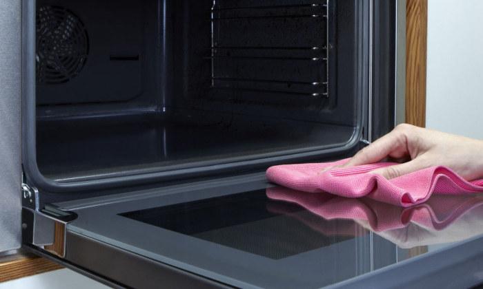 Как очистить духовку от загрязнений и застывшего жира (4)